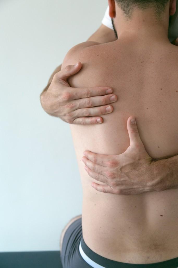 Ostéopathe Parentis - Test de mobilité du rachis
